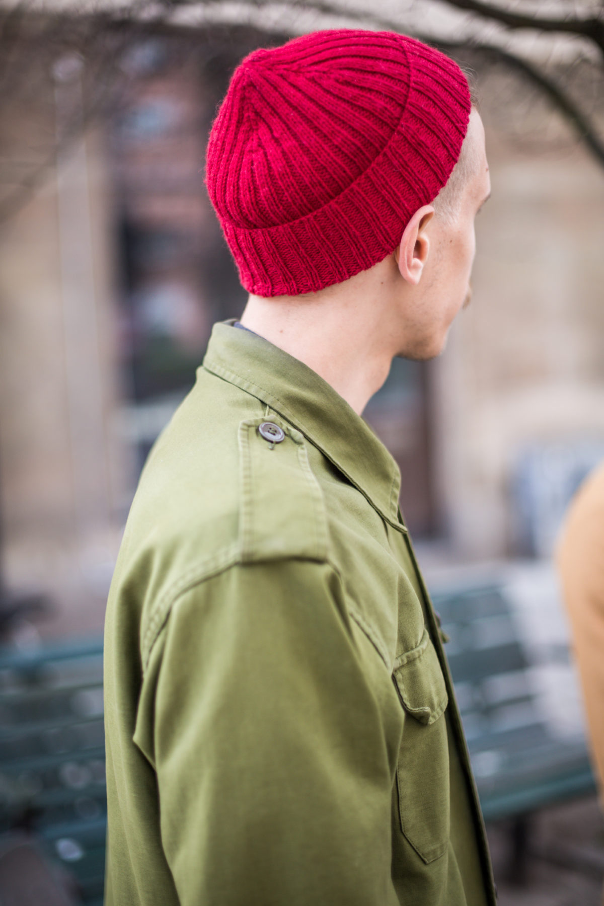 How to wear your red cap: Single fold
