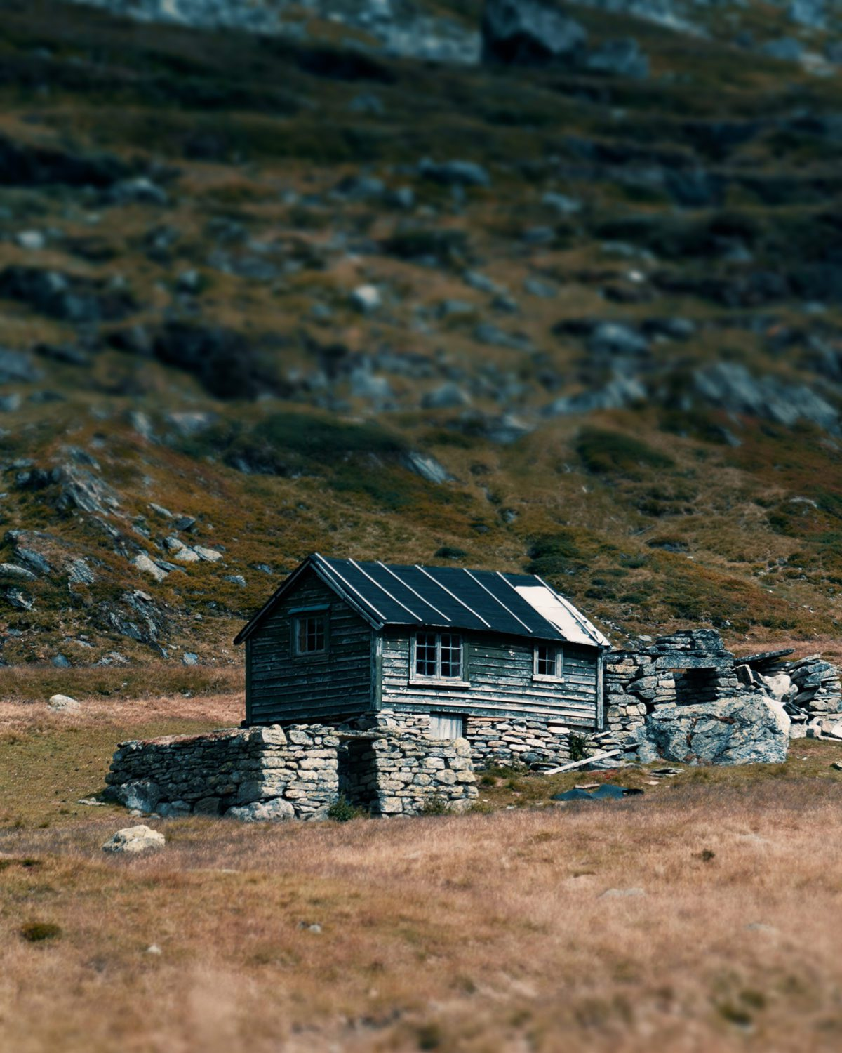 Shepherd cabin in the Norwegian mountains