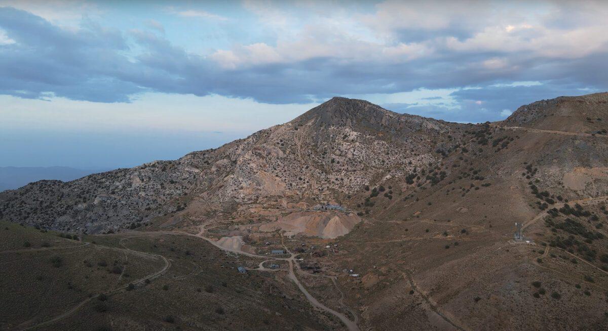The Cerro Gordo mining town.