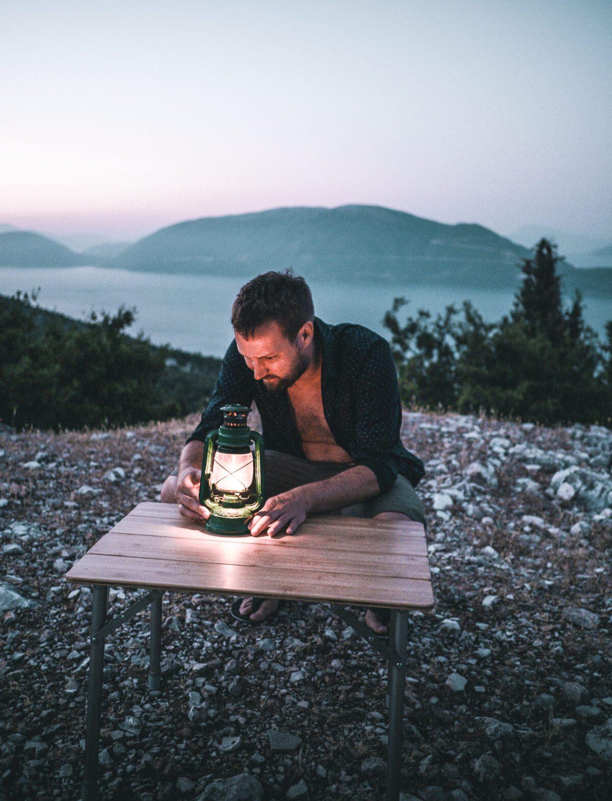 Gas lamp light in Kefalonia.