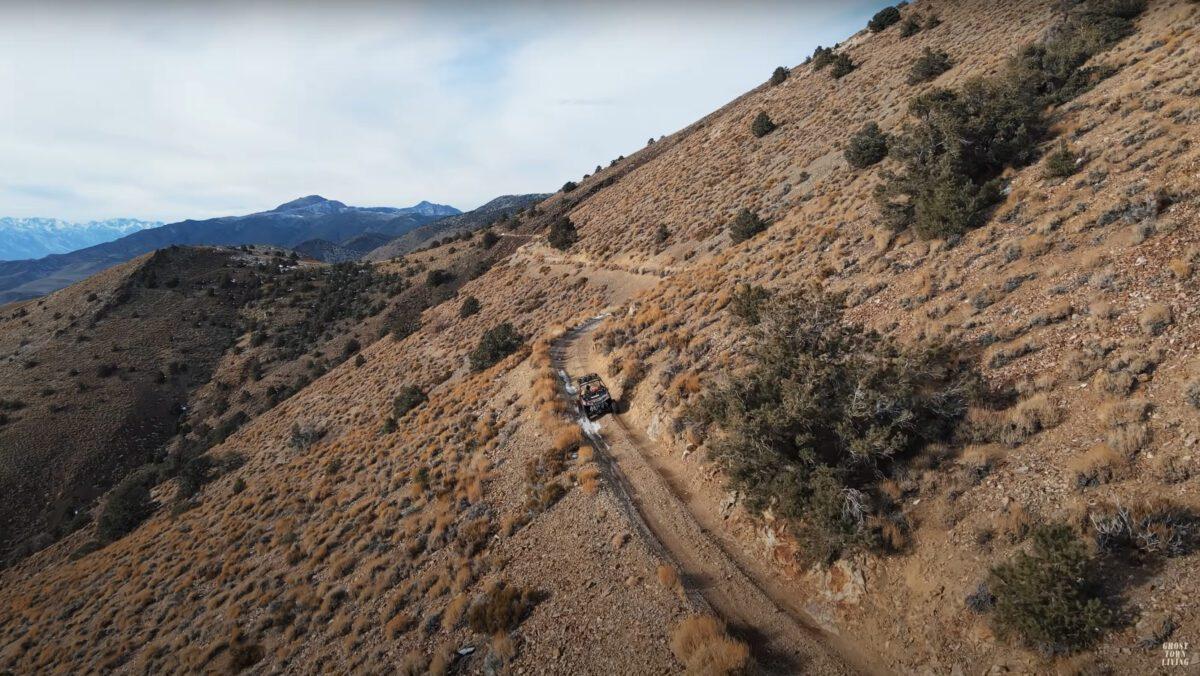 Riding the paths of Cerro Gordo