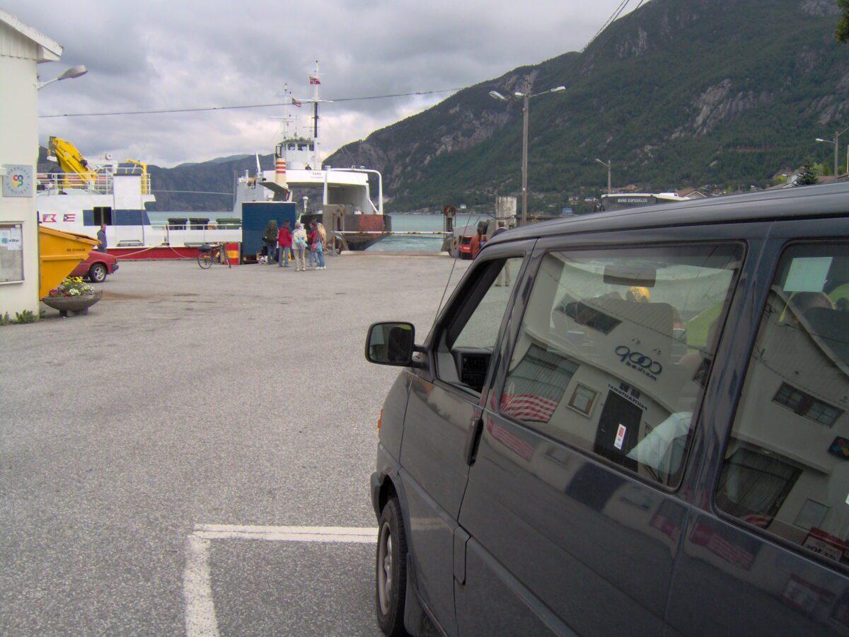 The boat through Lysefjorden